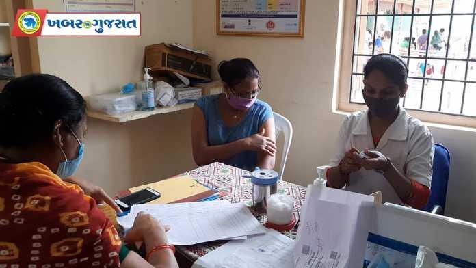 vaccination-process-24-04-2021